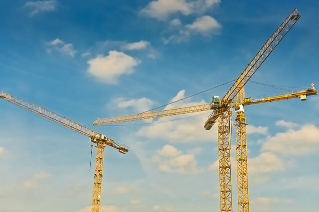 How can enterprise systems help construction companies to become more efficient?